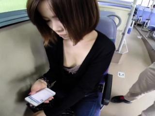 Japanese babe fingered