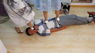 Chinese Cruel Throat Trample By 2 Mistress