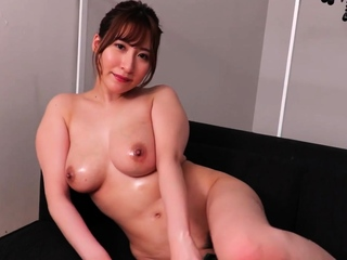 Japanese Babe Oiled Solo
