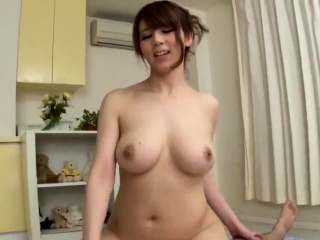 Naked milf Maki Koizumi ama- More at Japanesemamas.com